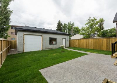 053 - Open2view ID5949 - 124 21 Ave NE